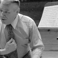 Atlanta Symphony Orchestra and Chorus conductor Robert Shaw is shown in a Feb. 16, 1983 photo. Shaw died early Monday, Jan. 25, 1999 at age 82. (AP Photo/Joe Holloway Jr)