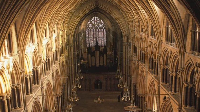 lincoln-cathedral-nave-from-the-west-front
