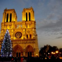 Notre-Dame-Christmas-01-©-French-Moments1