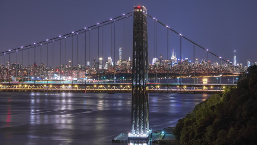 Three manhattan bridges michael torke s valentine to for How far is hudson ny from nyc